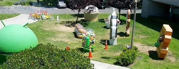 statua Jelly Bean danneggiata