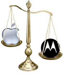 Apple vs Motorola bilancia