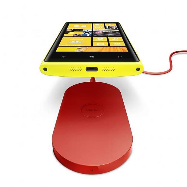 Nokia Lumia 920 charger edition