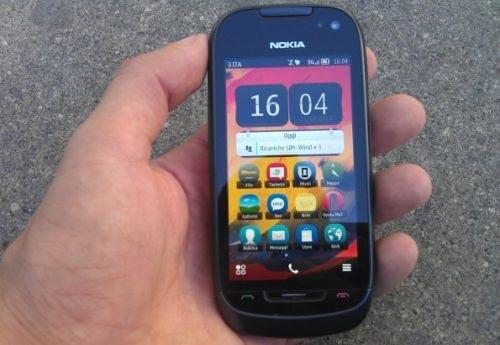 Nokia C7 con Symbian Belle