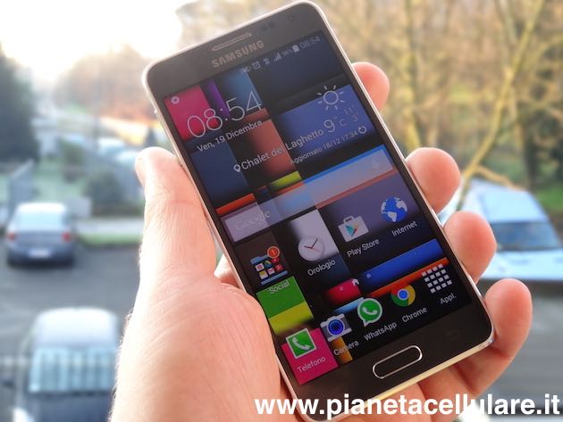 Unboxing Samsung Galaxy Alpha fronte 2