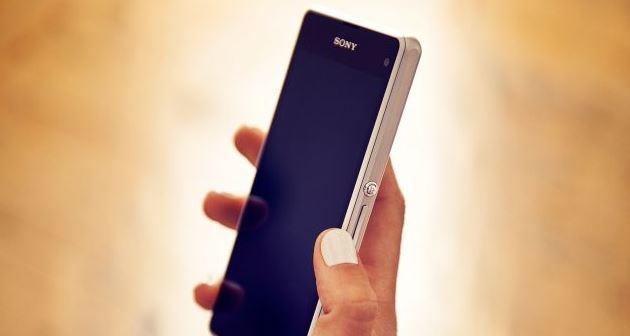 Sony presenta xperia z1 compact al ces 2014 for Smartphone piccole dimensioni