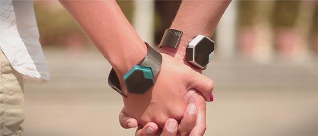 Hiris al CES: orologio esagonale che controlla la nostra casa
