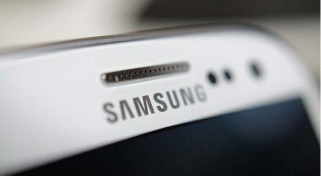 Samsung Galaxy S6, produzione iniziata con nuova TouchWiz