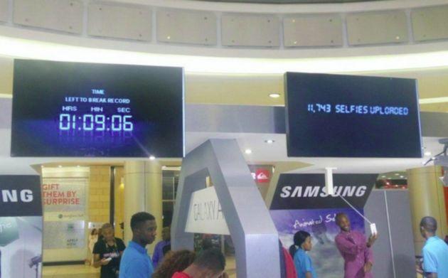 Samsung con Galaxy A5 e A3 stabilisce record: maggior numero di selfie in 24 ore