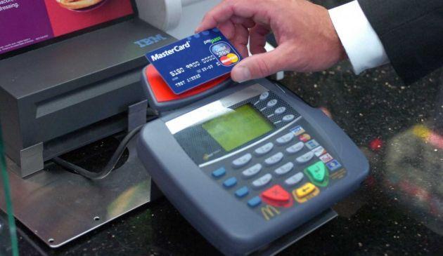 Pagamenti Contactless, boom di carte NFC nel 2014