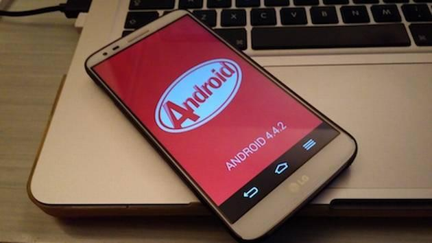 LG G2 con Android 4.4.2 Kit Kat ufficiale, Video recensione