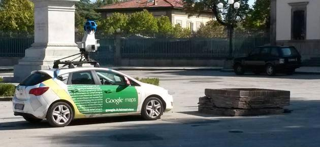 Google Car : incidente a Lucca per auto utilizzata da Google Maps