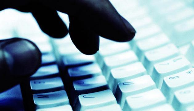 Attacco Hacker contro siti di media nel giorno del Ringraziamento, anche in Italia