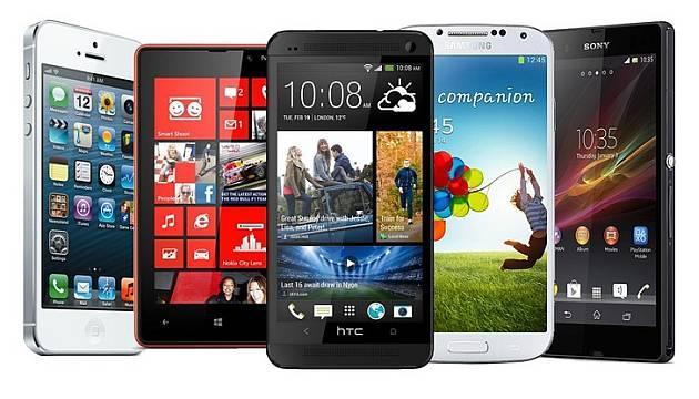 Samsung Galaxy Note 4 vs Galaxy Note Edge vs iPhone 6 Plus, ecco il confronto