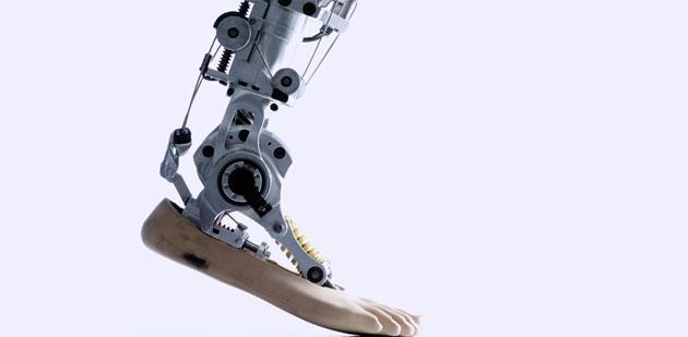 Cyberlegs, tornare a camminare con gambe bioniche