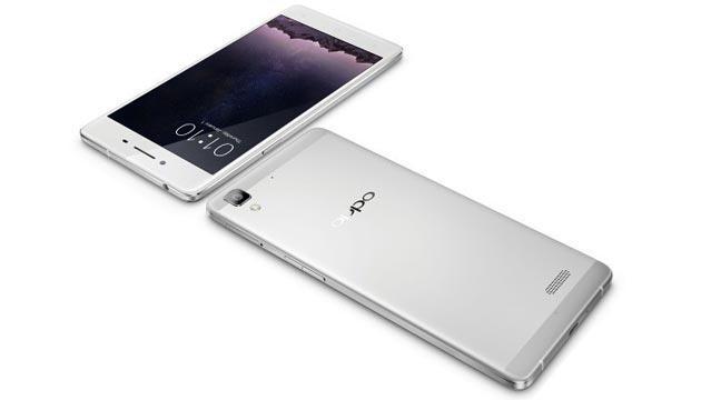 Oppo R7 e R7 Plus annunciati: specifiche e foto ufficiali