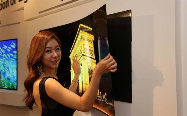 LG svela la TV del futuro: OLED 4K da appendere come Poster su Muro