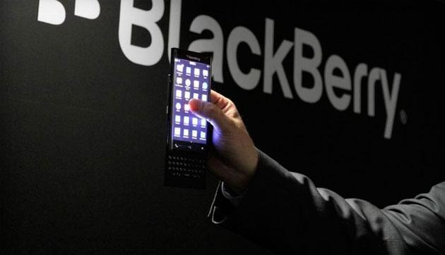 BlackBerry Venice, nuove foto del telefono Android con tastiera scorrevole