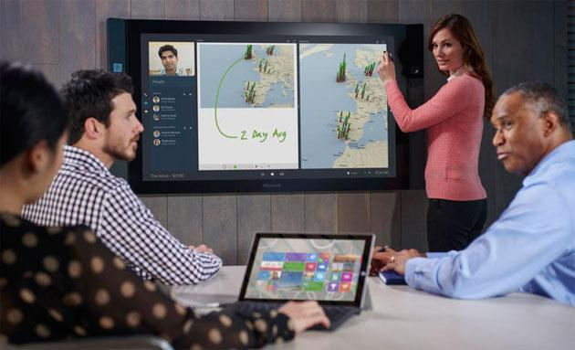 Surface Hub, il mega schermo Microsoft arriva in Italia