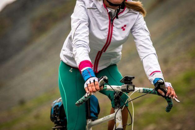 Garmin Edge Explore 1000: gps da bici con funzione di emergenza, bluetooth e notifiche