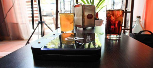 Tompac: Carica batterie Wireless in grado di ricaricare fino a 4 dispositivi