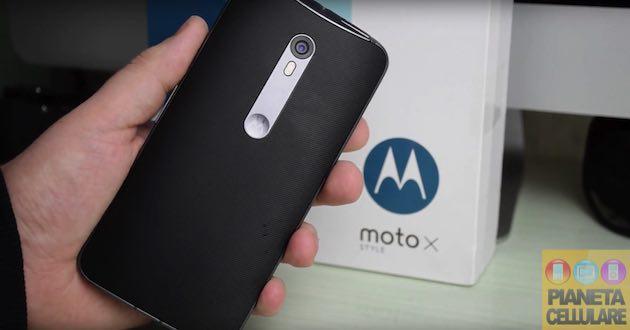 Recensione Motorola Moto X Style, Phablet stile Nexus ma molto Smart
