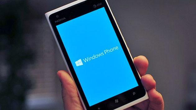 Microsoft ha venduto meno di 1 milione di telefoni Lumia  a fine 2016