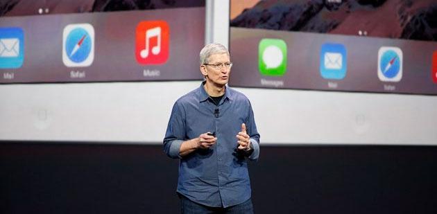 Foto Apple, Tim Cook promette un Autunno 'molto emozionante'