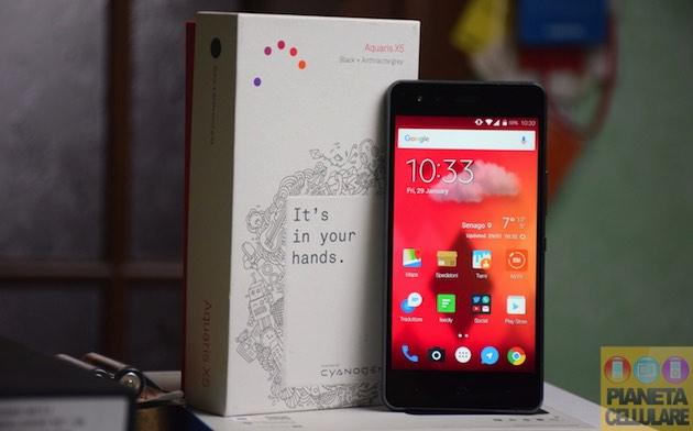 Unboxing BQ Aquaris X5, Smartphone Android con CyanogenOS