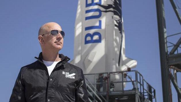 Blue Origin del fondatore di Amazon annuncia viaggi spaziali nel 2018