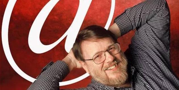 Ray Tomlinson morto, inventore delle Email
