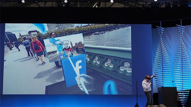 Facebook Selfie VR, virtuali anche i selfie stick