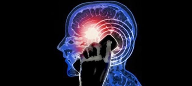 I Telefoni Cellulari non aumentano rischio di Cancro al Cervello