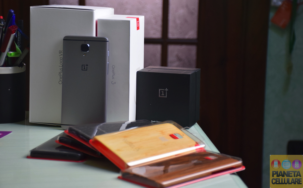 Unboxing OnePlus 3, cover originali, VR e Dash Car Charger