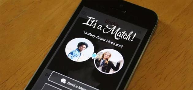Tinder testa la condivisione della musica da Spotify nelle chat