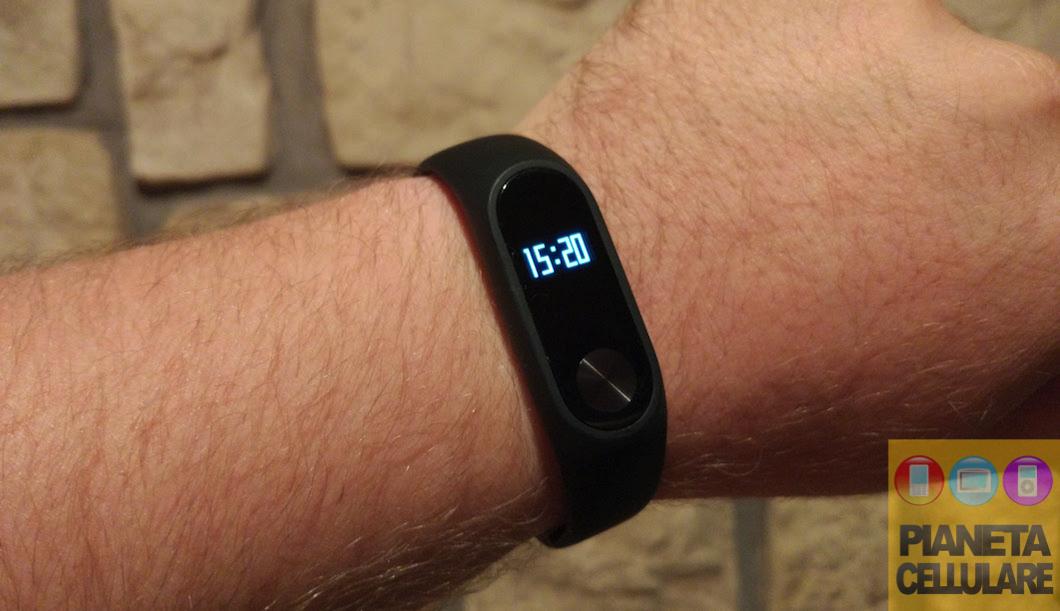 Recensione Xiaomi Mi Band 2, Smartband che si crede uno Smartwatch