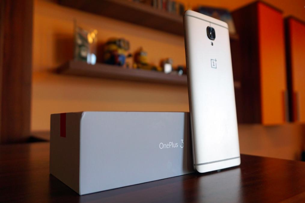 OnePlus 3 Soft Gold in alcune immagini dal vivo