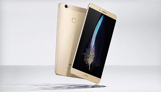 Honor Note 8 da 6.6 pollici 2K e Honor 5 Play nuovi smartphone Huawei