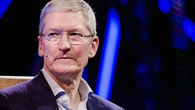 Tim Cook scrive ai dipendenti Apple dopo elezione di Donald Trump