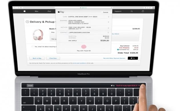 Apple MacBook Pro nuovo con Touch Bar e Touch ID