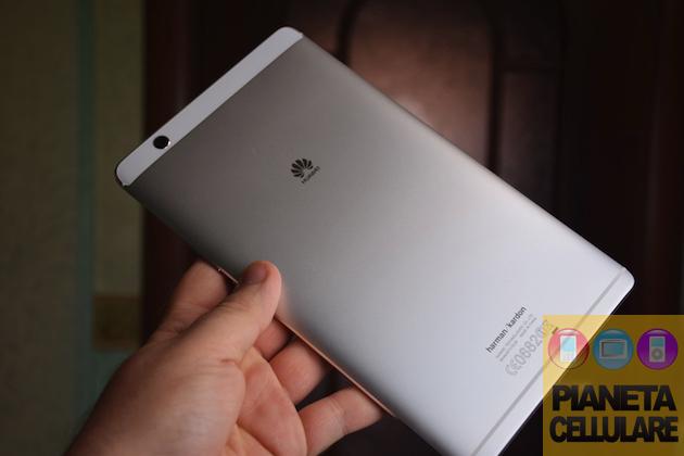 Recensione Huawei Mediapad M3, il rivale Android di iPad