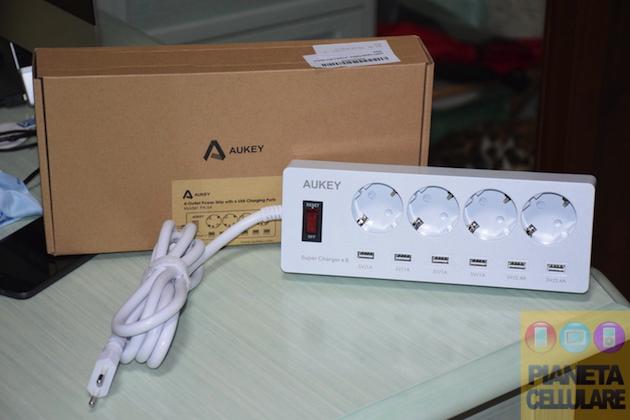 Recensione multipresa elettrica con porte USB Aukey