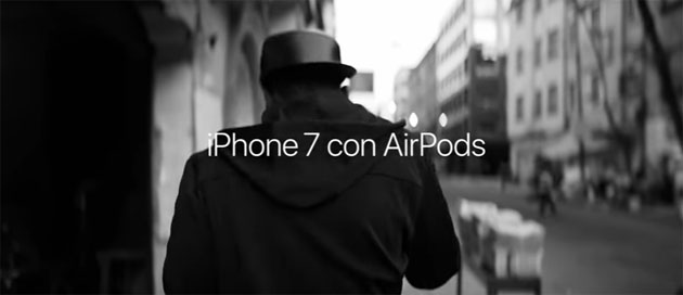 Apple, passeggiando con AirPods e iPhone 7