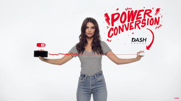 Foto OnePlus cambia il marchio Dash Charge in Fast Charge, colpa anche di Amazon