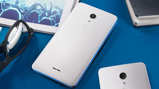 Alcatel A3 XL, phablet economico da 6 pollici Android 7 Nougat con lettore di impronte digitali