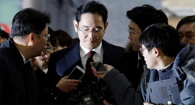 Samsung, vicepresidente Lee Jae-Yong condannato per corruzione a 5 anni di reclusione