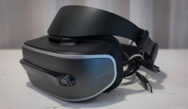 Ecco il visore VR Lenovo per Windows 10 Holographic. Costerà circa 400$