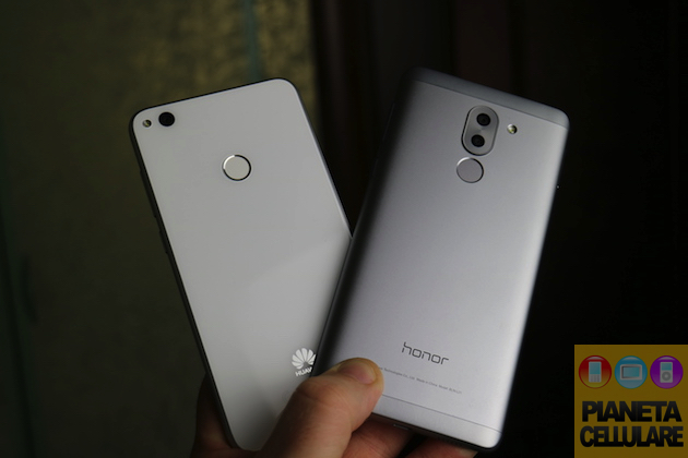Huawei P8 Lite 2017 vs Honor 6X, confronto video