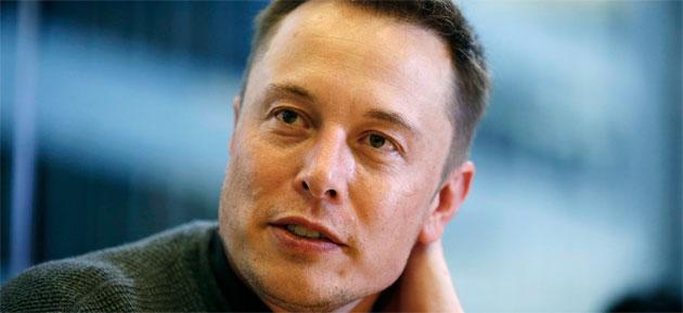 Foto Elon Musk contro la smart camera Clips di Google