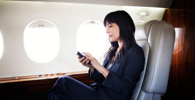 FCC boccia proposta per consentire chiamate vocali negli aerei in volo