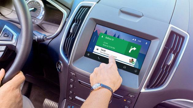 Ford aggiorna i veicoli del 2016 con supporto Android Auto e Apple CarPlay