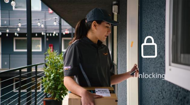 Amazon testa Key in Italia: il corriere puo' lasciare il pacco in casa se non ci siamo