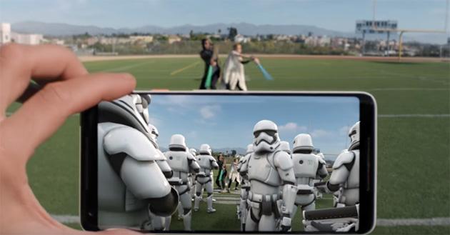 Google Pixel sempre piu' intelligenti con Adesivi AR, Lens e SmartSelect