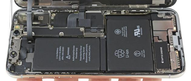 iPhone dal 2018 con maggiore autonomia: Apple lavora a nuove batterie a L